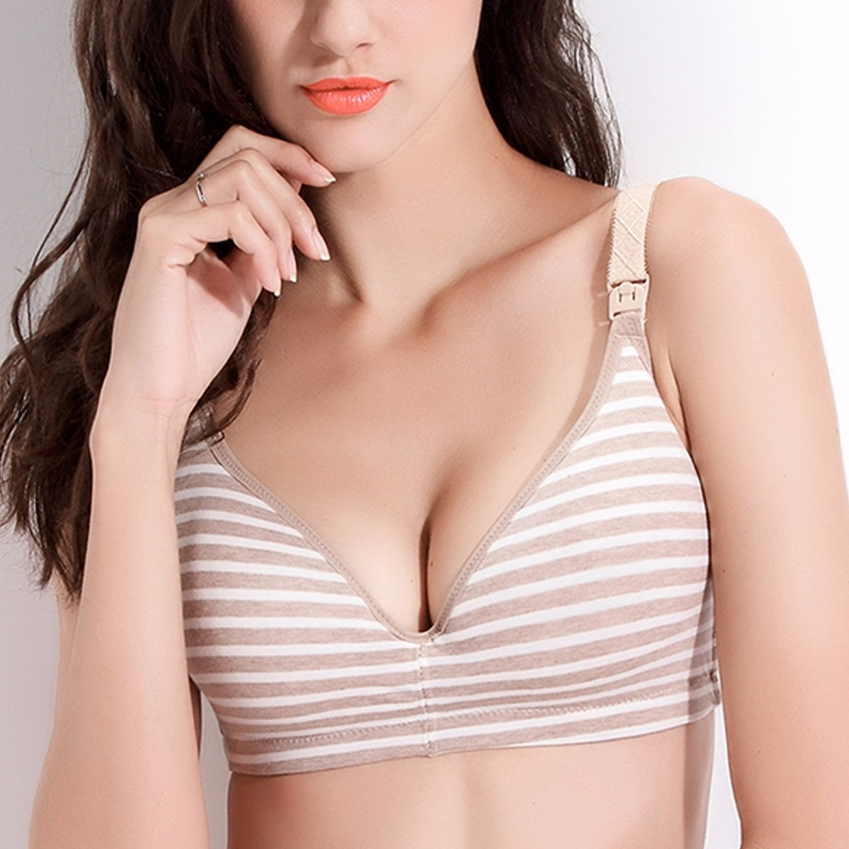 Soft Wireless Plunge Patchwork Color Nursing Bras