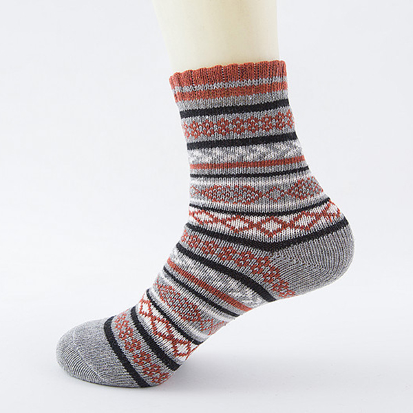 Mens Women Winter Warm Ethnic Style Middle Tube Socks