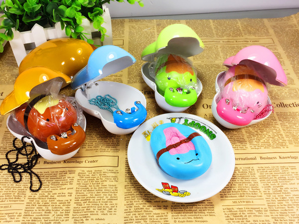 Eric Squishy Pokebean Licensed Slow Rising Hard Case Pop Out Bean Kawaii Cute Charm Collection Gift Decor Toy