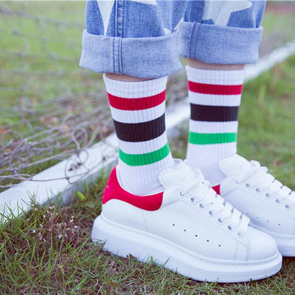 Dámské podzimní teplé pruhované bavlněné ponožky střední trubky Neformální  sportovní dýchatelné ponožky 85fe23abc7