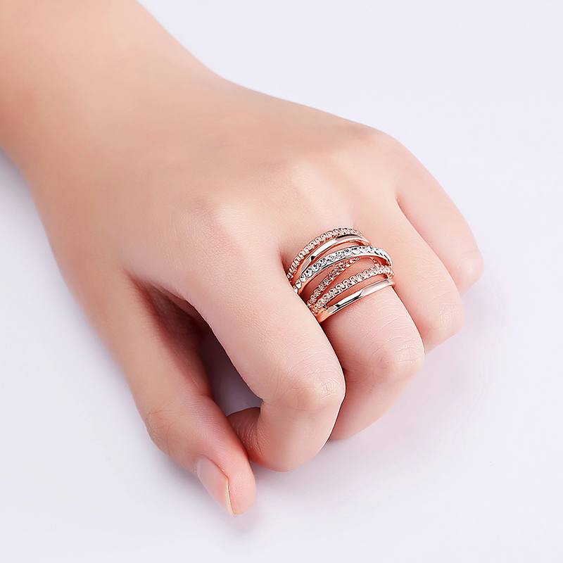 Hollow Out Interlaced Line Stylish Engagement Ring Rose Gold Plated Women Jewelry