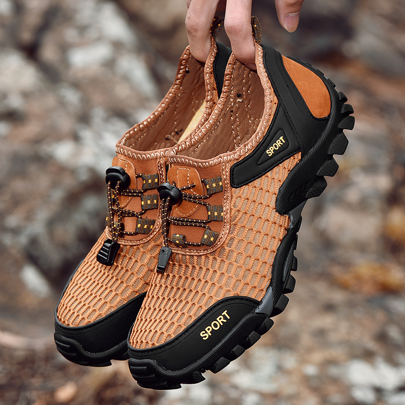 Lightweight Breathable Mesh Outdoor Hiking Sneakers