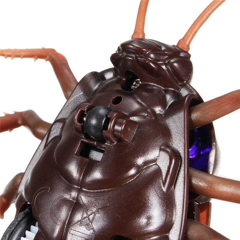 Tricky Infrared Simulation Remote Control Insect Cockroach Spider Toys Christmas Funny Kids Props