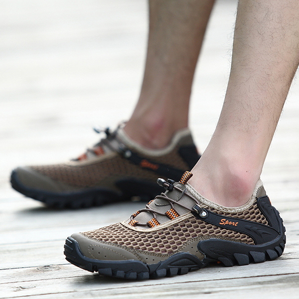 Men Anti Collision Toe Mesh Outdoor Hiking Sneakers