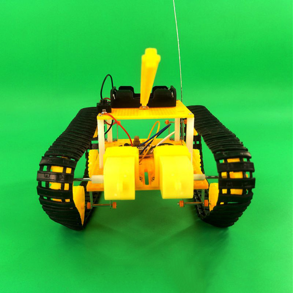 DIY RC Robot Tank STEAM Assembled Robot Toy Kit - Photo: 5