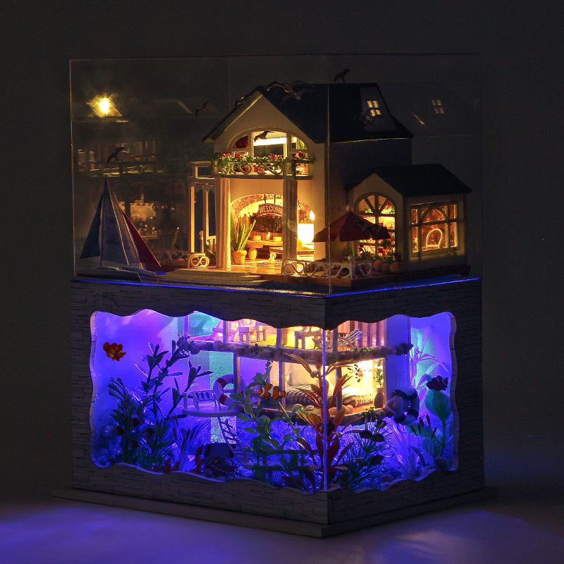 T-Yu Hawaii Villa DIY Dollhouse Miniature Model House With Light Cover Gift Decor Collection Toy