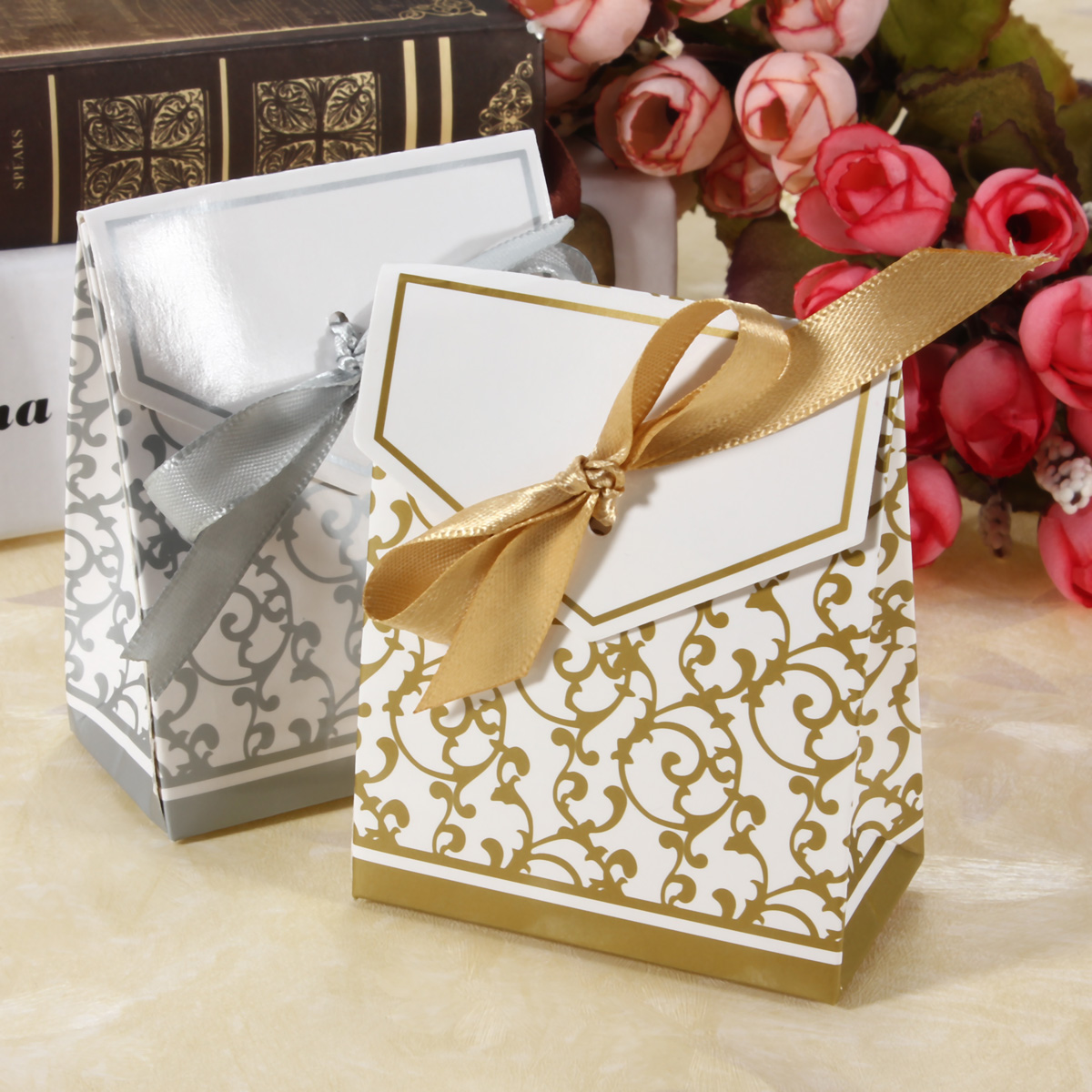 1pcs Gold Silver Ribbon Wedding Favors Party Gift Candy Paper Boxes Bags