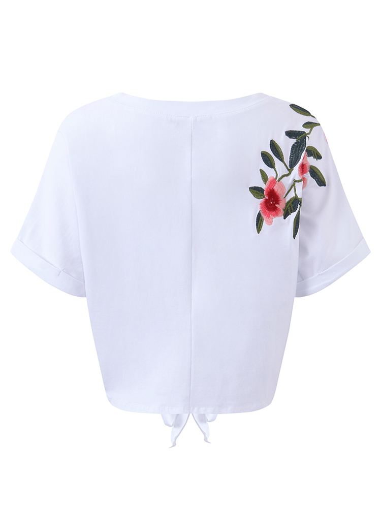 OEUVRE Women Floral Embroidered O-Neck Bandage Crop Tops
