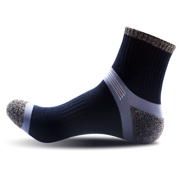 Mens Casual Sports Spell Color Cotton Breathable Tube Socks