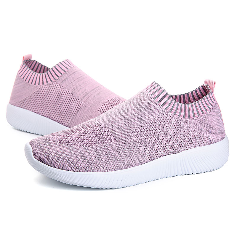 Large Size Women Mesh Breathable Slip On Casual Shoes
