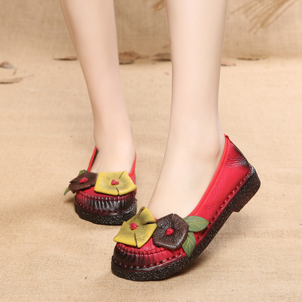 SOCOFY Handmade Leather Flowers Leaf Decoration Stitching Retro Flat Shoes