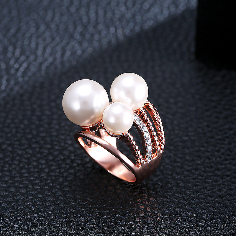Rose Gold Plated Artificial Pearl Rhinestones Women Finger Rings