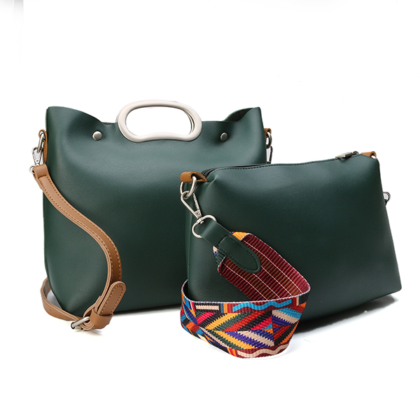 Women PU Leather Crossbody Bag Casual Crossbody Bag Picture Package