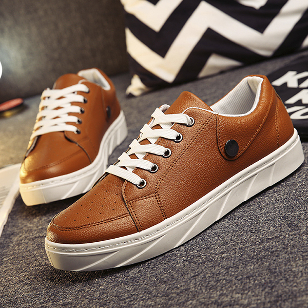 Men Pu Korean Style Pure Color Button Comfortable Metal Lace Up Outdoor Flat Casual Shoes