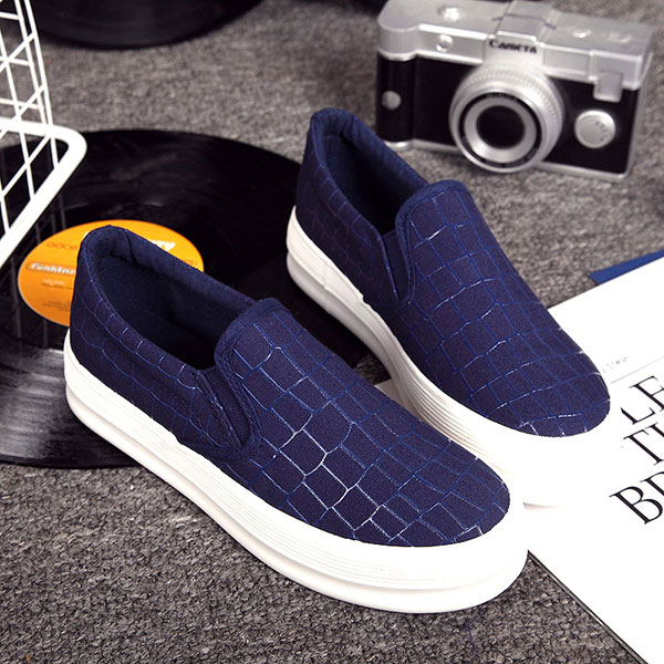 New Women Flats Casual Comfortable Fashion Canvas Elastic Slip-On Flat Loafers Shoes