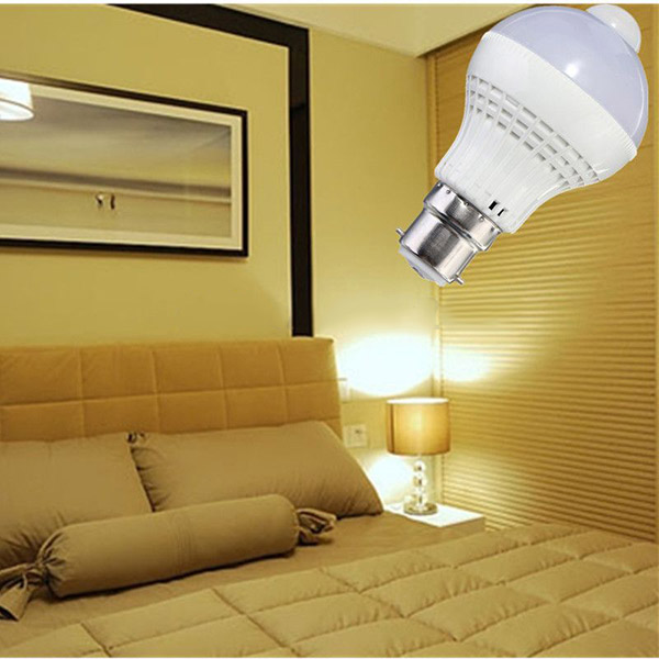 B22 LED Bulb 5W SMD 2835 18 Pure White/Warm White Motion Control PIR Sensor Globe Light Lamp AC 220V