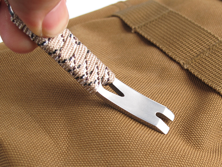 Stainless Steel Crowbar Crank-shaped Blade Wire Winder Nail Puller Keychain With Rope