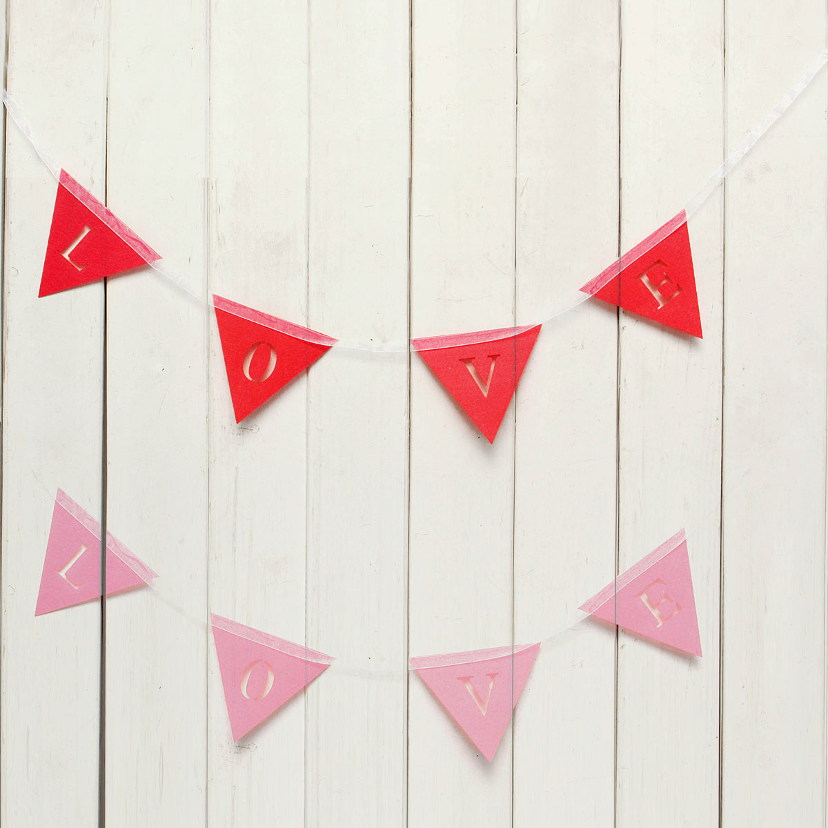 Triangle Shape LOVE Pink Red Wedding Banner Hanging Paper Garland Chain Party Bunting Decoration