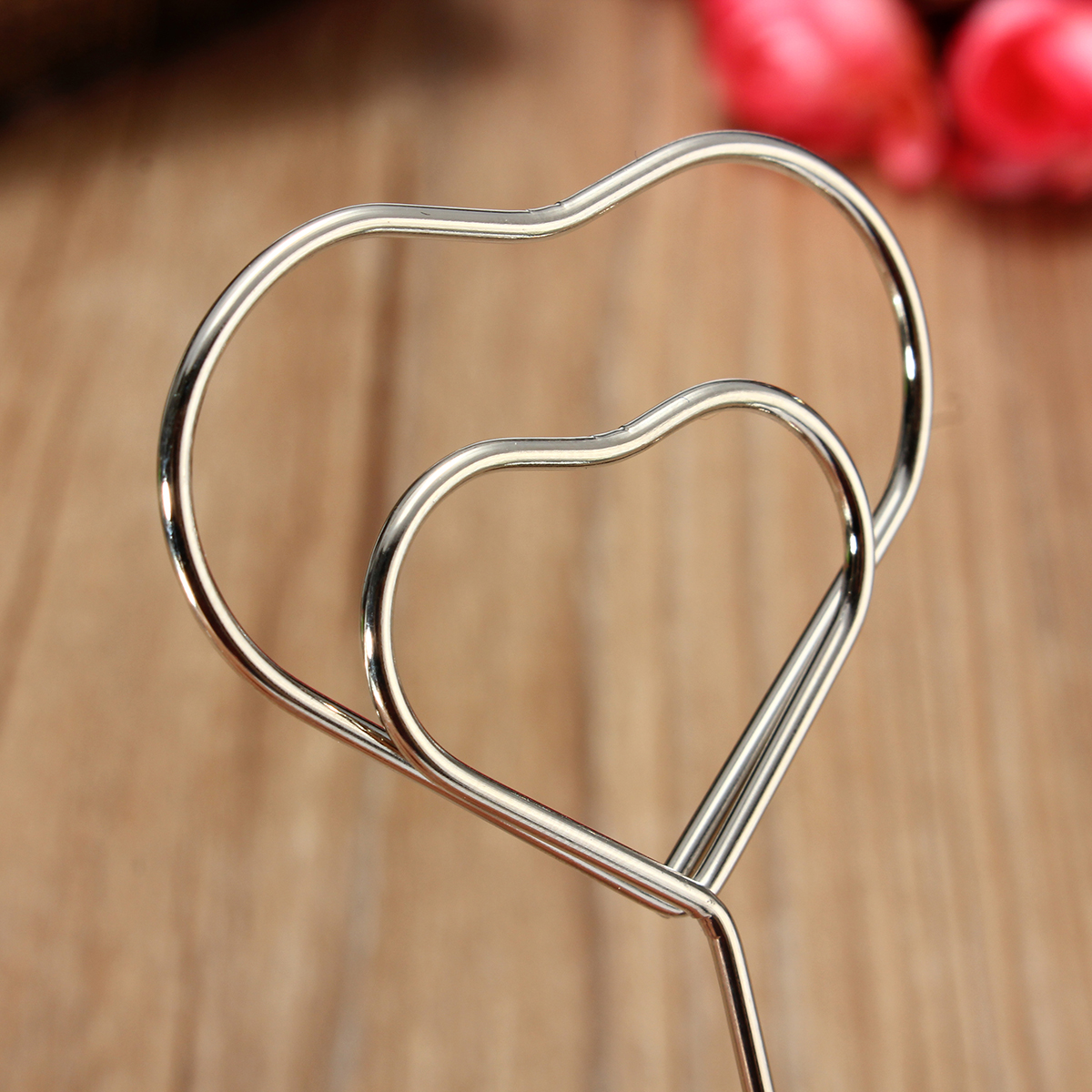 1 Pcs Heart Shape Metal Clip Seat Wedding Place Card Name Holder Table Number Decoration