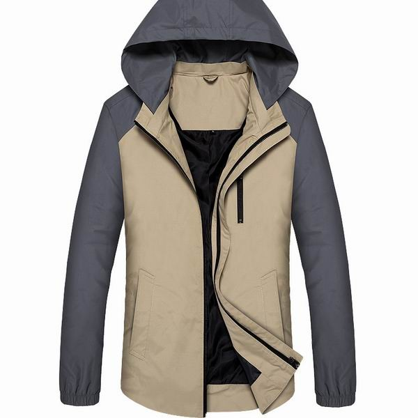 Mens Light Weight Water Repellent Detachable Hooded Jacket With Zippered Chest Pocket