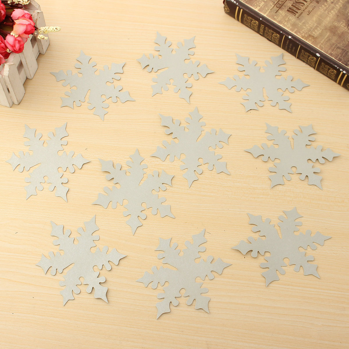 10Pcs Snowflake Wedding Name Place Cards Wine Glass Laser Cut Pearlescent Card Party Accessories
