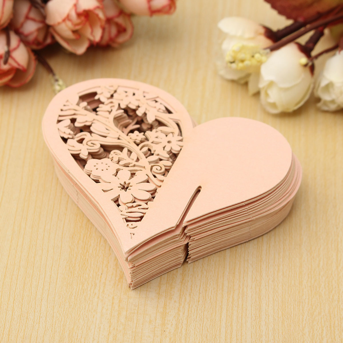 50Pcs Heart Wedding Name Place Cards Wine Glass Laser Cut Pearlescent Card Party Accessories