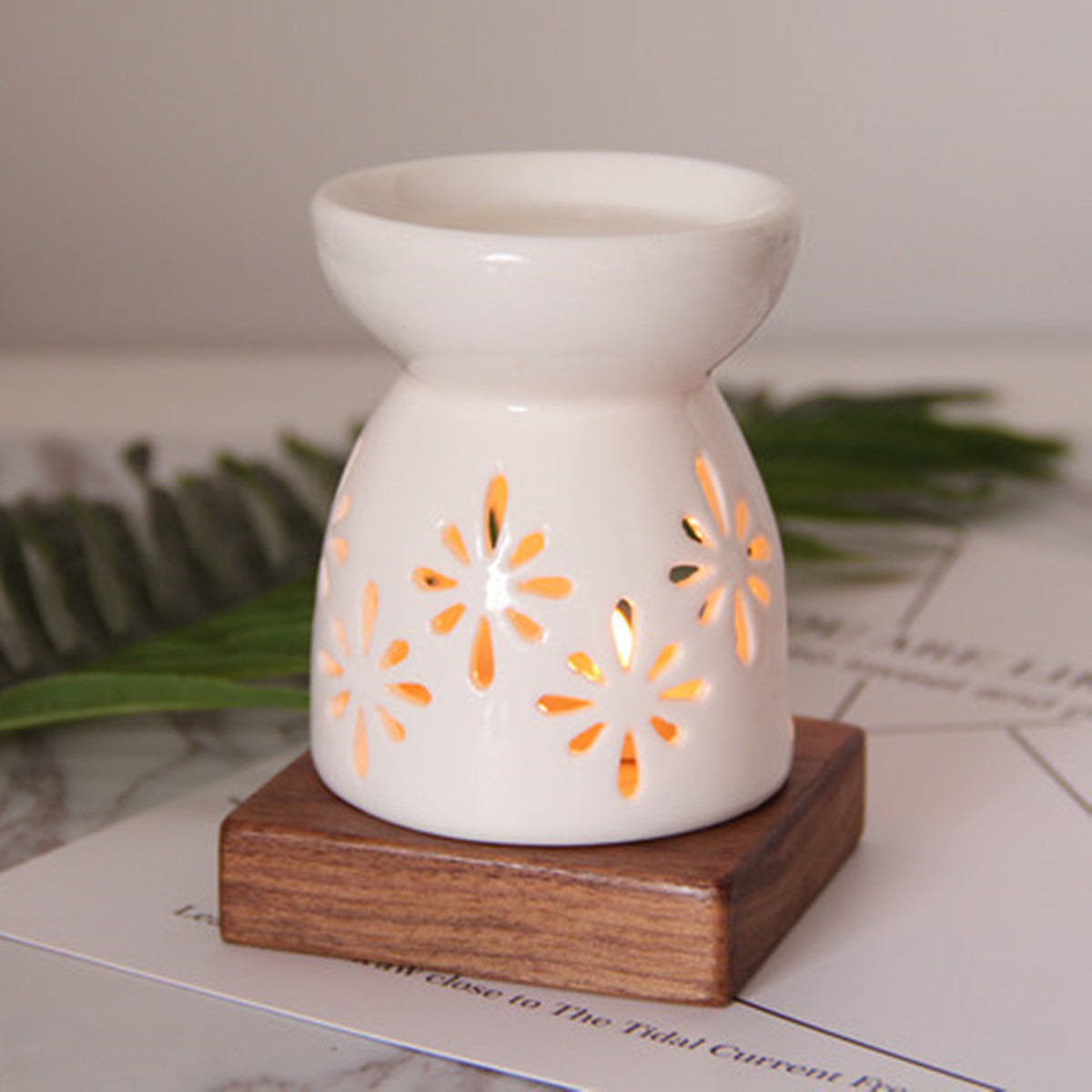 Fragrance Lamp Aromatherapy Diffuser Scent Candle Holder Spa