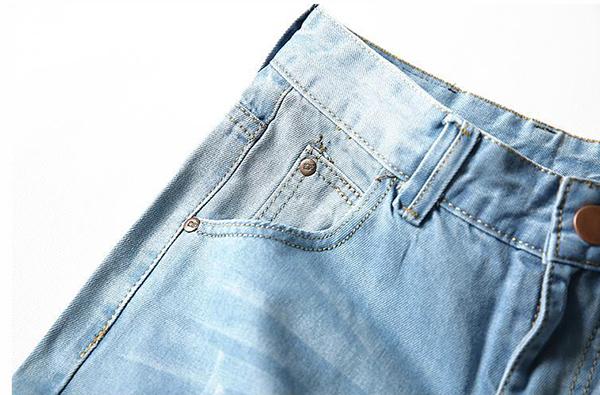 Mens Fashion Casual Holes Denim Shorts Big Size Kness Length Mid-rise Light Blue Jeans