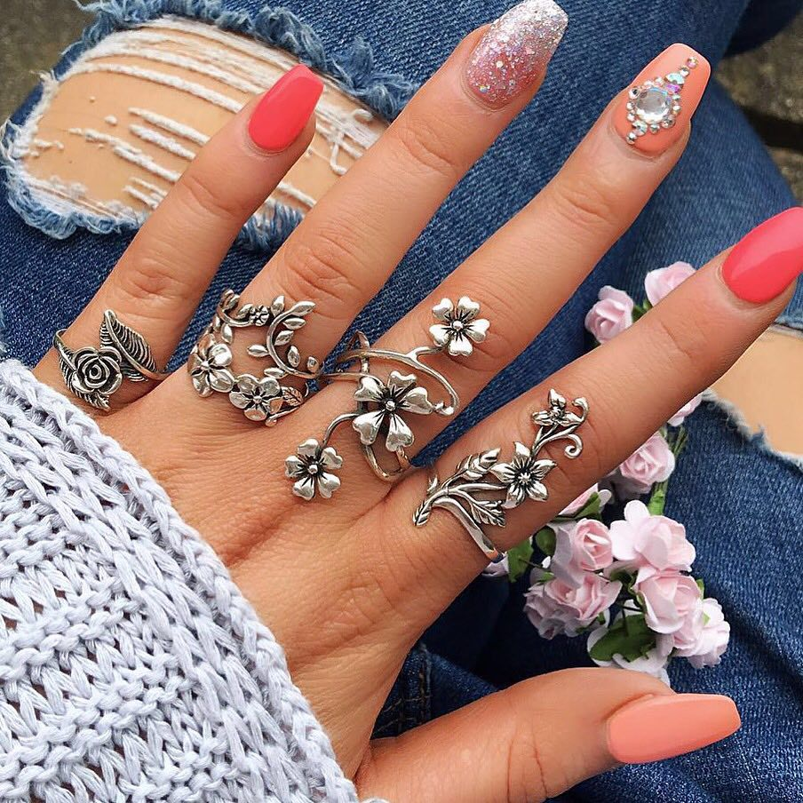 4 Pcs Ring Set Bohemian Flower Silver Rings for Women