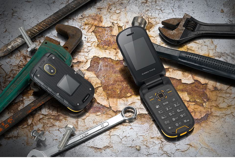 ioutdoor F2 IP68 Waterproof 2.4 inch 1200mAh Dual SIM Card bluetooth FM Flip Rugged Feature Phone
