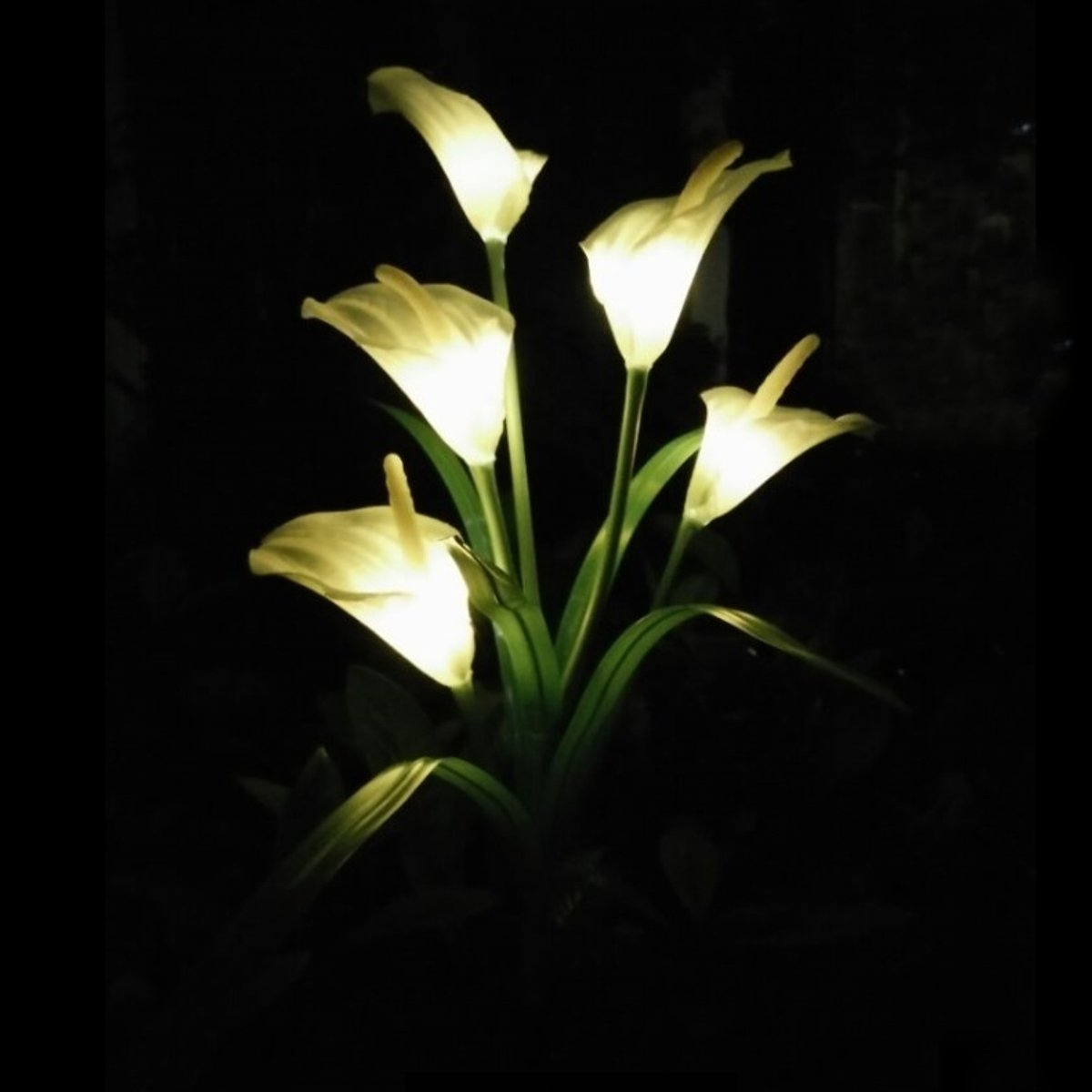 Solar Powered Outdoor Calla Lily Flower White LED Garden Yard Lawn Landscape Lamp Holiday Light