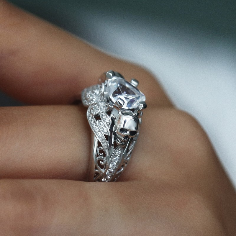 Unique Blue White Zirconia Rings Punk Heart Skull
