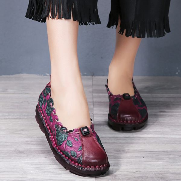 SOCOFY Leather Rose Flower Stitching Soft Retro Loafers