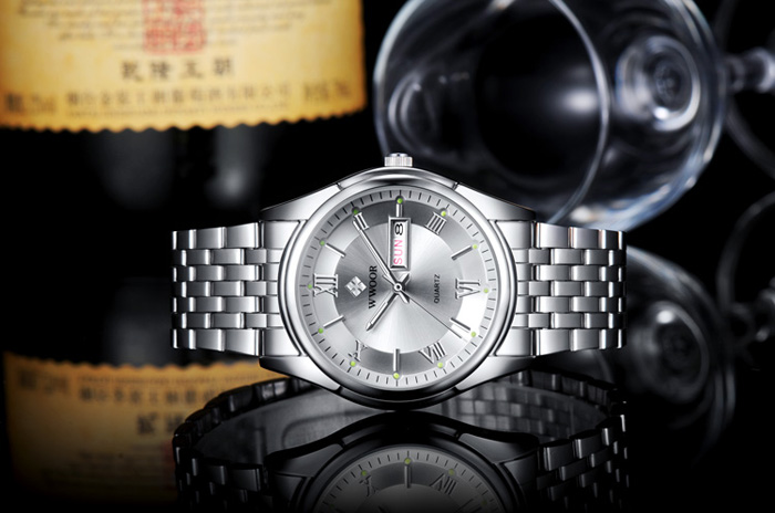WWOOR 8802 Fashion Bussiness Men Watch Stainless Steel Band Luminous Clock Men Wrist Watch