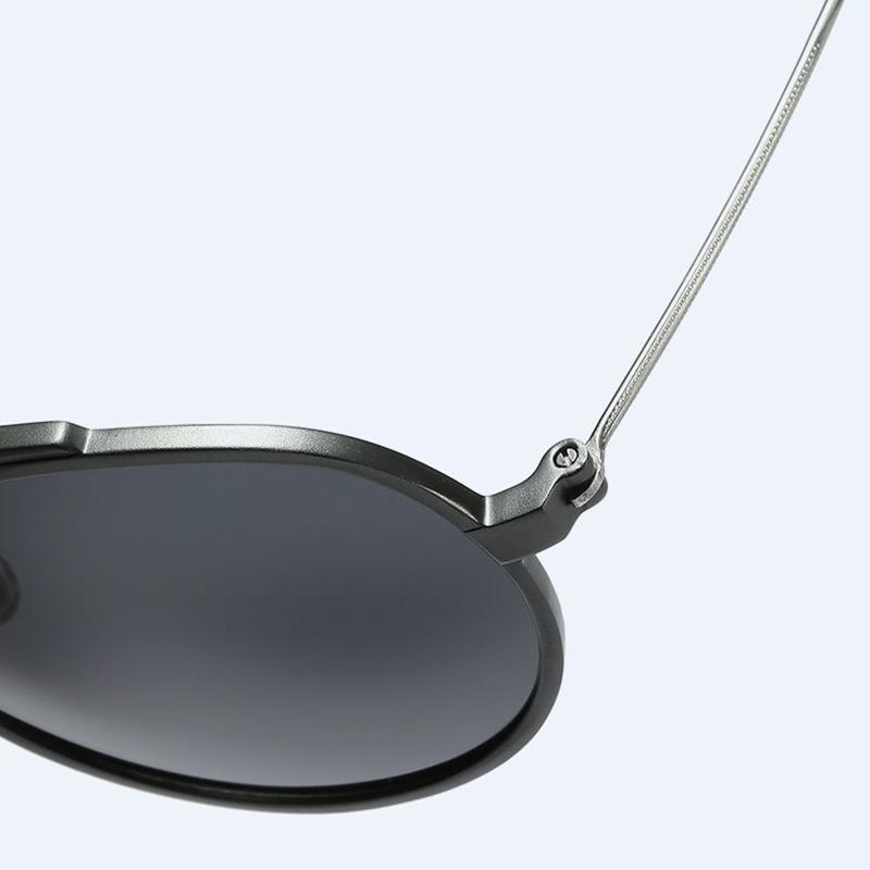 Men Women Driving Classsic Round Polarized Glasses