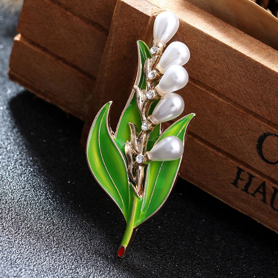 Elegant Leaf Waterdrop Pearl Brooch Pin Rhinestone Brooches
