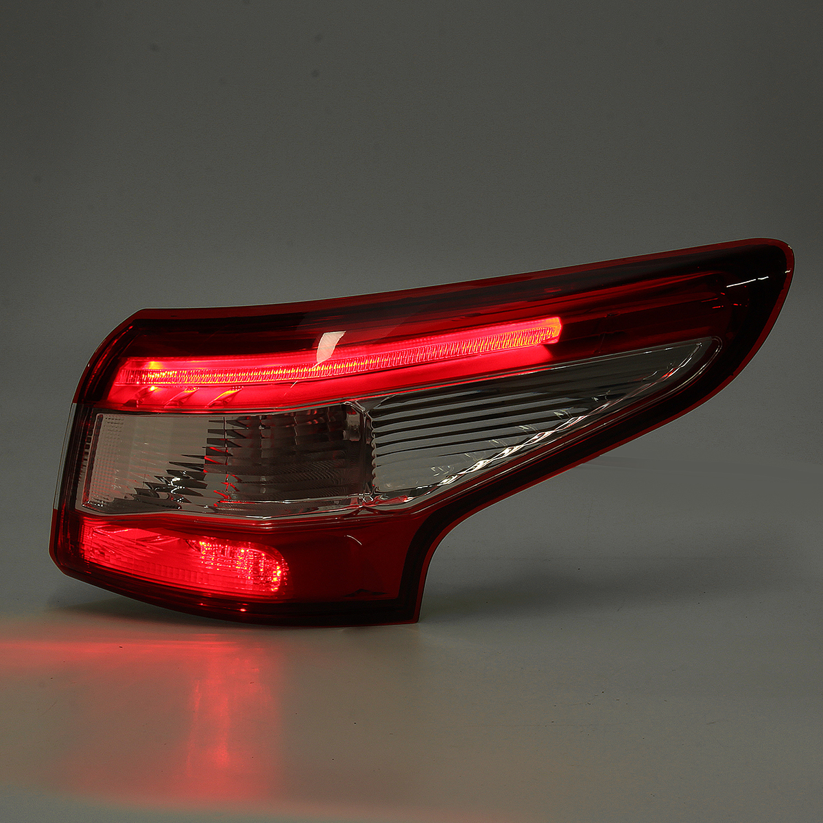 Car Outer Rear LED Tail Light Red Left/Right w/ Harness for Nissan Qashqai 2014-2016