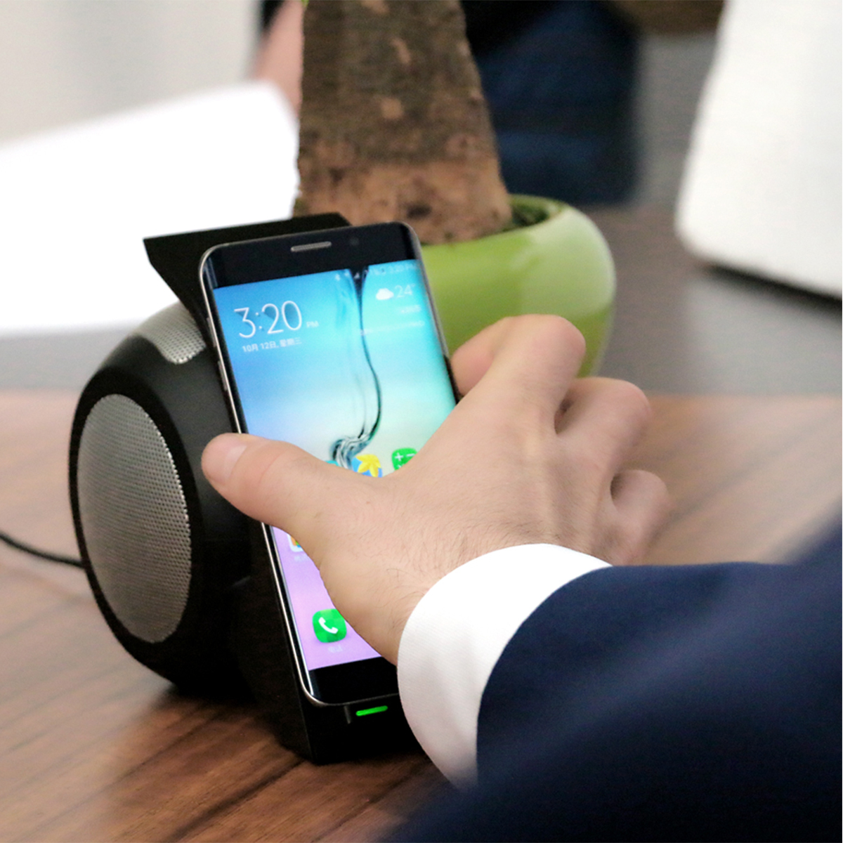 Bakeey 3 in 1 NFC Qi Wireless Charger bluetooth Speaker With LED Light For iPhone X 8Plus S8 Note 8
