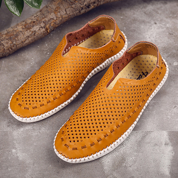 Men Breathable Soft Hand Stitching Hollow Outs Flats Loafers