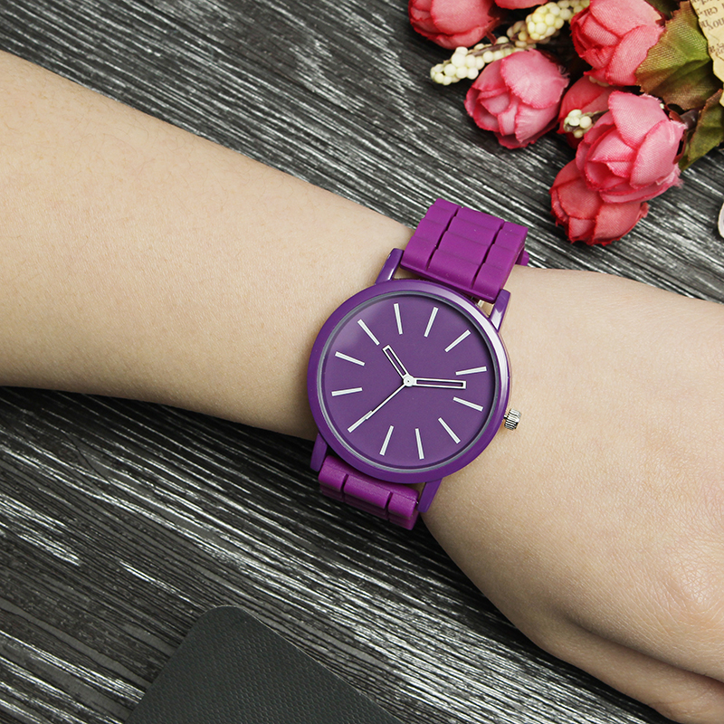 Casual Style Colorful Ladies Silicone Strap Quartz Watches