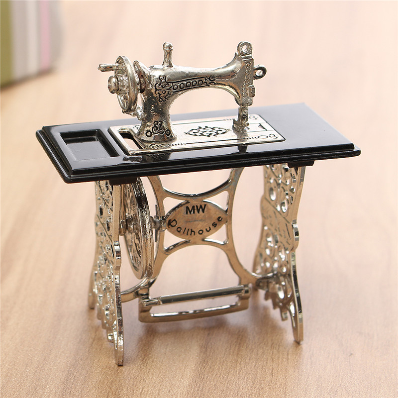 Vintage Miniature Dollhouse Furniture Sewing Machine Furniture Table Metal Home Decoration
