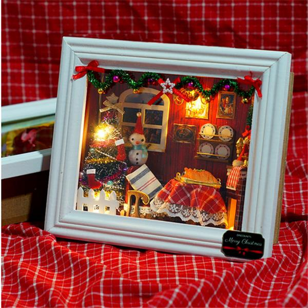 CuteRoom Happy Christmas DIY Wooden Frame Doll House Model Miniature Dollhouse