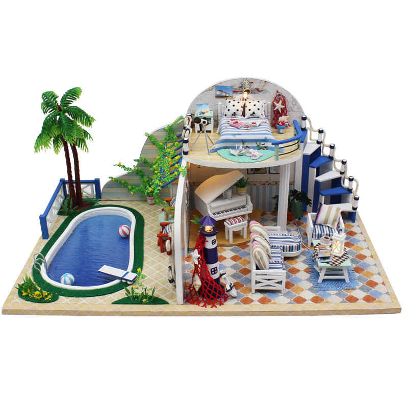 Hoomeda 1/24 DIY Wooden Summer Time With LED+Furniture Dollhouse