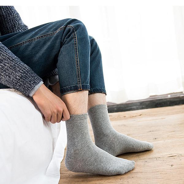 Man Solid Color Basic Cotton Socks Soft Warm Good Elastic Middle Tube Socks