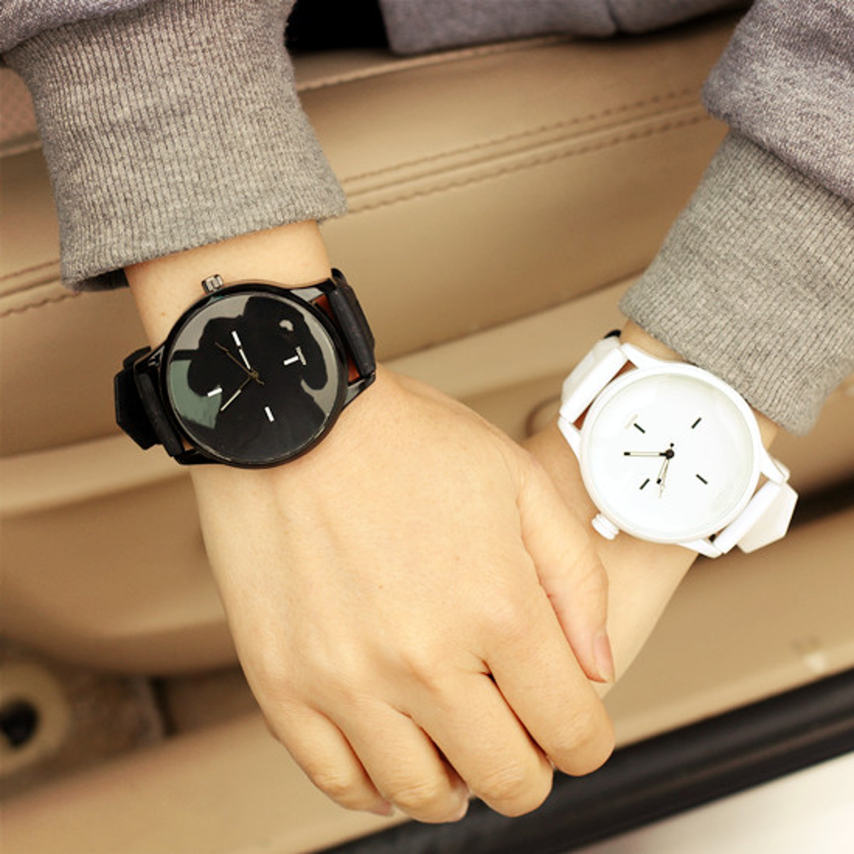 Unisex Men Women Casual Silicone Quartz Watch