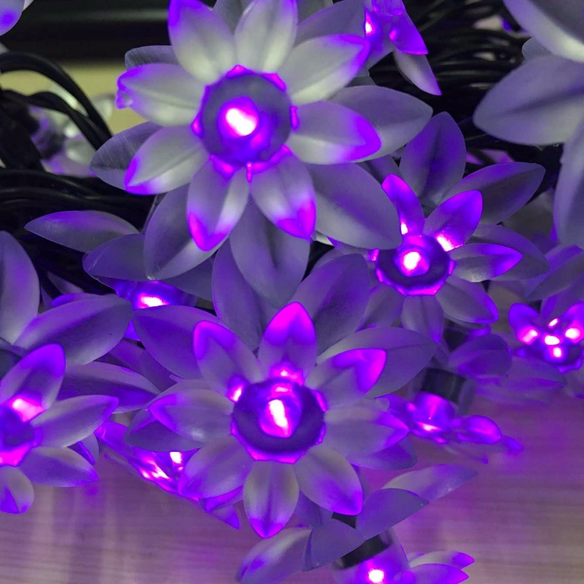 6M 30 LED Solar Powered Lotus Flower String Light Lamp Christmas Holiday Party Decor