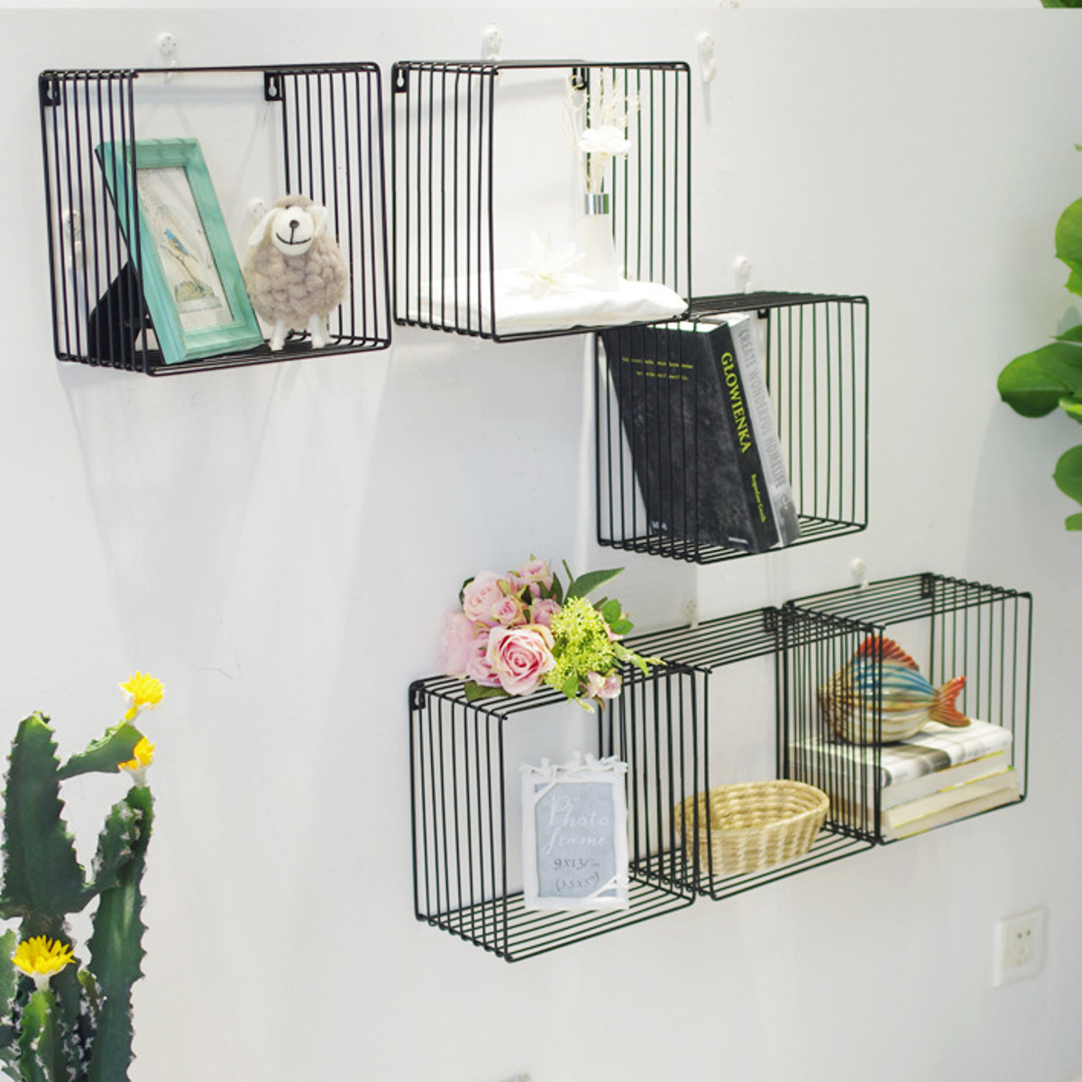 Black/White Square Wire Wall Mounted Hanging Pipe Storage Display Baskets Rack Nordic Style