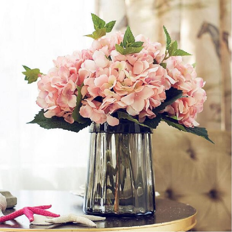 Artificial California Hydrangea Silk Flower for Wedding Party Festival Decorations Leading Way Silk Cloth Flowers High-grade Hydrangea Flower Silk Flower Household Adornment Bedroom Table Flowers