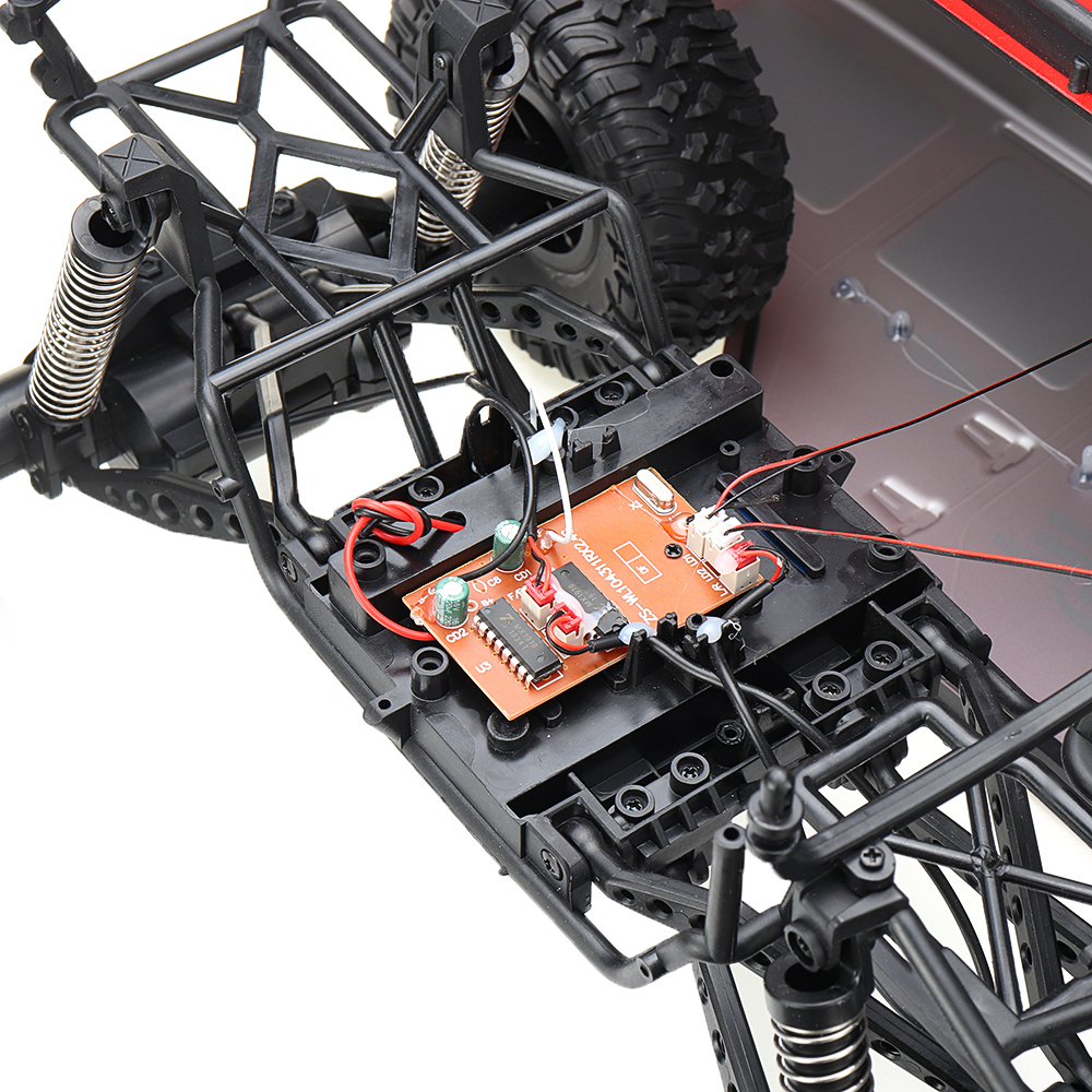 Wltoys 104311 1/10 2.4G 4X4 Crawler RC Car Desert Mountain Rock Vehicle Models With Two Motors LED Head Light Two Battery - Photo: 11