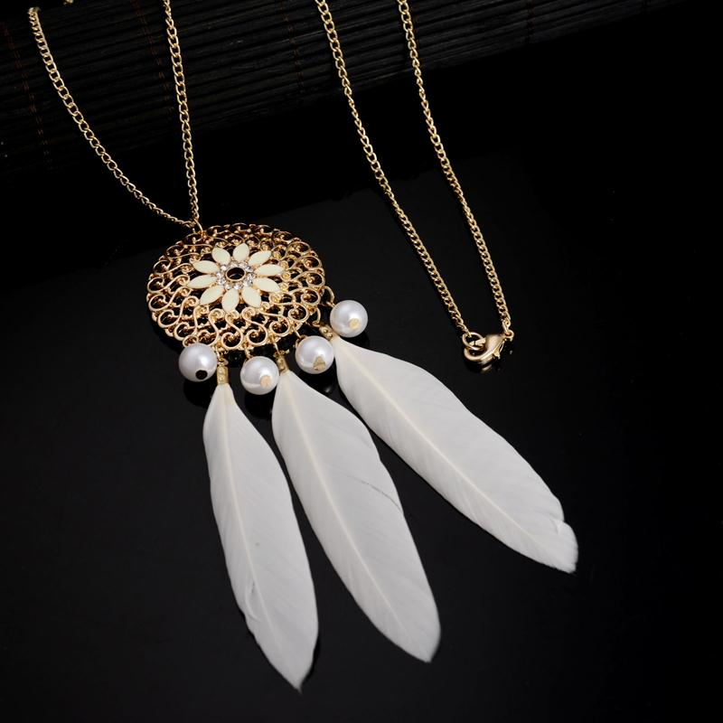 Vintage Bohemian Hollow Out Flower Zircon Feather Pearl Necklace